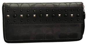 Coach Coach Zip Wallet
