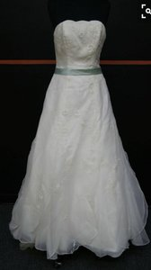 Monique Luo Wedding Dress