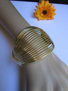 Women Wide Gold Trendy Cuff Fashion Bracelet Sea Shell Curve Stylish Jewelry