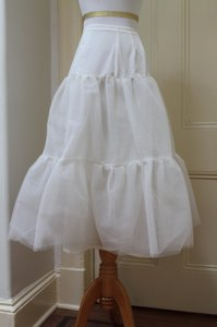 White Bridal Crinoline/petticoat/slips/underskirt Wedding