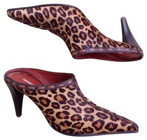 Donald J. Pliner Brown Animal Mules