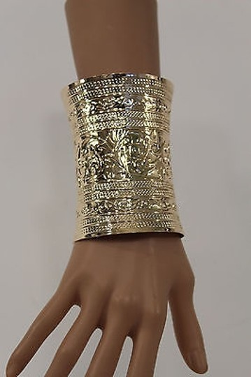 Other Women Wide Cuff Gold Fashion Bracelet Leafs Adjustable Colonial Light Metal Image 7