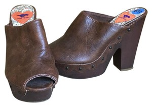 Rocket Dog Dark Brown Mules