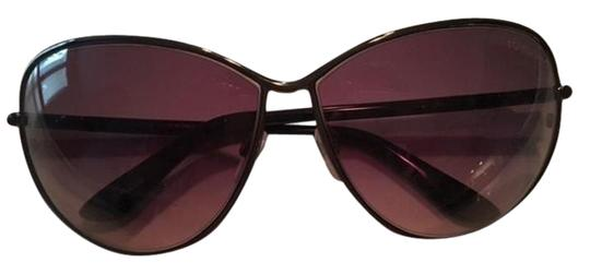 Preload https://img-static.tradesy.com/item/19253581/tom-ford-pewtergrey-barely-worn-sunglasses-0-2-540-540.jpg