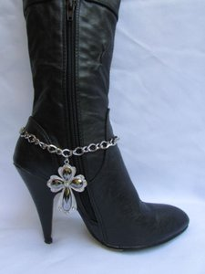 Women Chain Links Boot Silver Boots