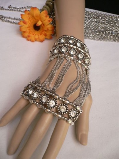 Other A Women Silver Unique Hand Chain M.j. Flowers Bracelet Big Crystals Basketball