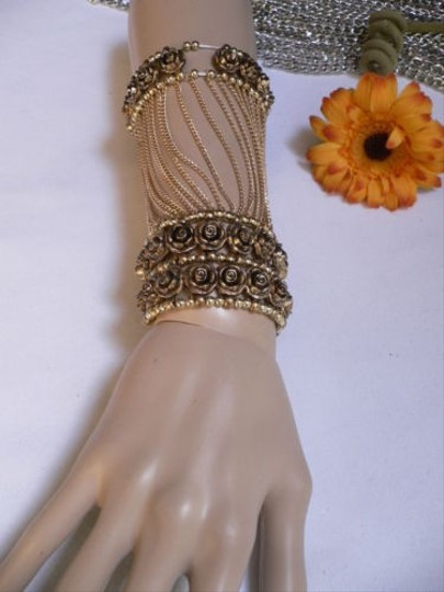 Other A Women Gold Unique Hand Chain M.j. Flowers Bracelet Big Roses Houswives Style Image 1