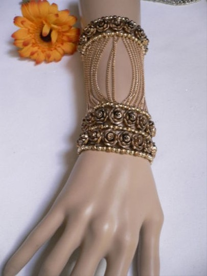 Other A Women Gold Unique Hand Chain M.j. Flowers Bracelet Big Roses Houswives Style