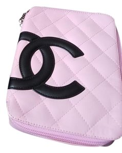 Chanel Cosmetic Black Leather Pink Clutch