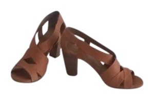 Coclico soft orange buttey leather Sandals