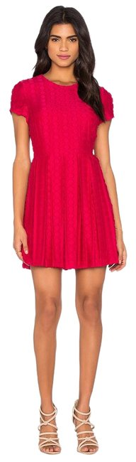 Preload https://img-static.tradesy.com/item/19255708/1state-fuchsia-pink-pleated-flare-above-knee-formal-dress-size-4-s-0-1-650-650.jpg