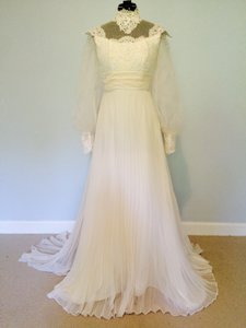 Beige Lace Tailor,made Gown 1950\u0027s Vintage Wedding Dress Size 2 (XS)