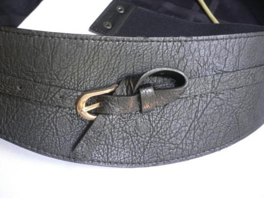 Other Women Wide Curved Black Faux Leather Belt Gold Twisted Buckle 27-37 S-m-l Image 1