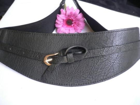 Other Women Wide Curved Black Faux Leather Belt Gold Twisted Buckle 27-37 S-m-l Image 5