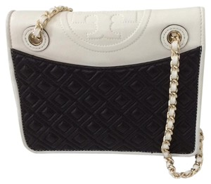 Tory Burch Fleming Medium bag Cross Body Bag