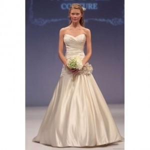 Winnie Couture Cream Pearl Satin Hester Wedding Dress Size 6 (S)