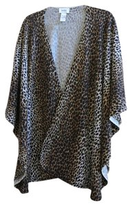 Neiman Marcus Stylish Luxurious Cardigan
