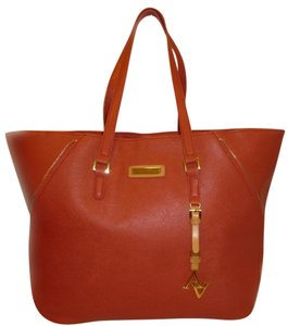 Adrienne Vittadini Refurbished Leather X-lg Tote in Orange