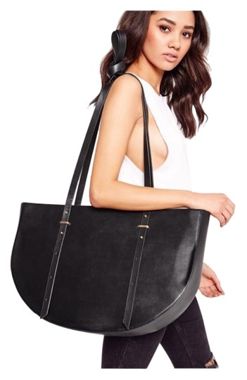 Preload https://img-static.tradesy.com/item/19258228/forever-21-oversized-half-moon-doulble-handle-black-w-gold-hardware-faux-leather-tote-0-2-540-540.jpg