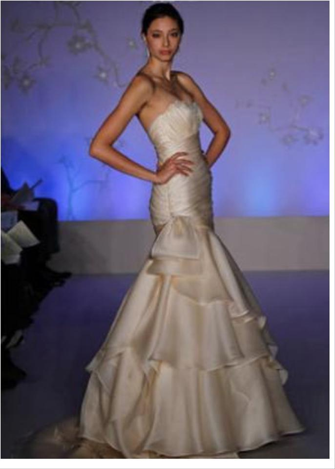 Alvina Valenta Mermaid 9058 Ruched Organza Sz 8/10 Wedding Dress on ...