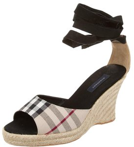 Burberry Nova Check Monogram Beige, Black Wedges