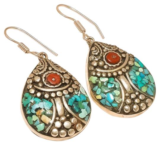 Preload https://img-static.tradesy.com/item/19259365/turquoise-and-coral-earrings-0-1-540-540.jpg