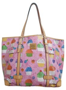 Dooney & Bourke Tote in Pink multi