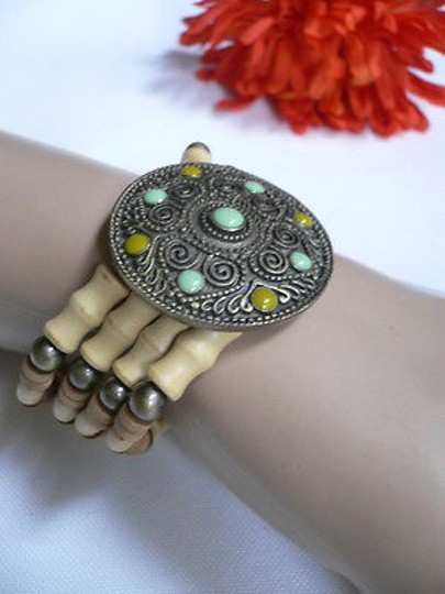 Other Women Beige Brown Wood Beads Native Style Gold Fashion Bracelet Green Dots