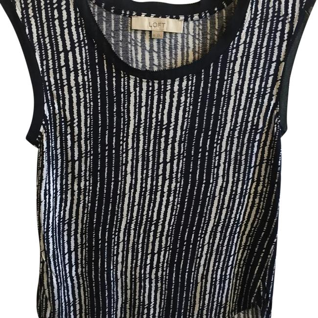 Preload https://img-static.tradesy.com/item/19259881/ann-taylor-loft-navy-and-white-tank-topcami-size-0-xs-0-1-650-650.jpg