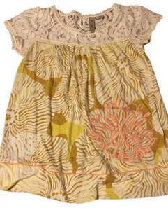 Anthropologie T Shirt Beige, gold, yellow, peach