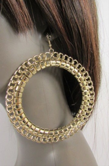Other Women Huge 4 Big Chunky Thick Gold Metal Chains Hoop Fashion Earrings Set