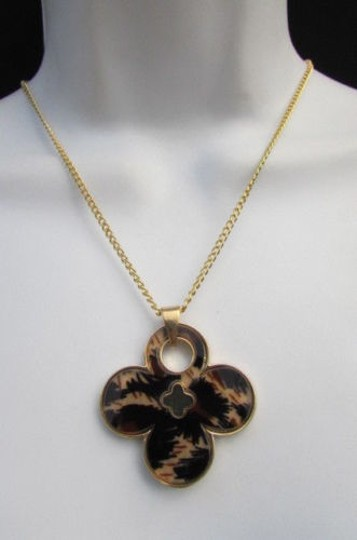 Other Women 11 Classic Fashion Necklace Gold Chain White Leopard Big Flower Image 1