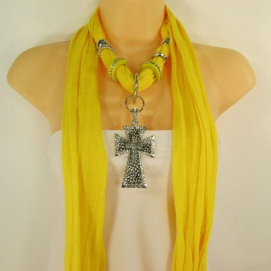 Other Women Scarf Yellow Fabric Necklace Big Silver Pendant Cross Charm