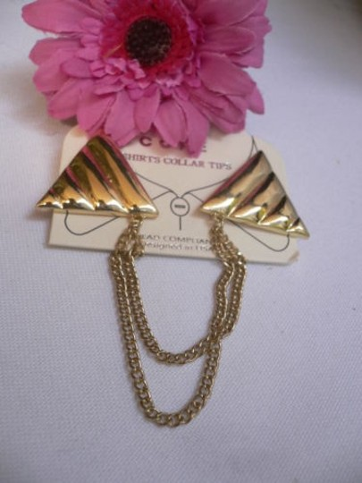 Other Women Gold Triangle Shirt Collar Blouse Tips Chains Rivet Pins
