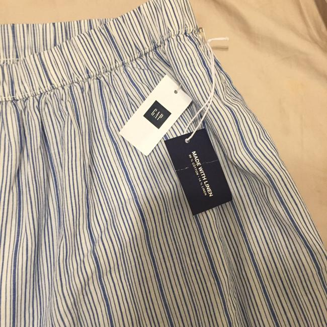 Gap Skirt Blue and white