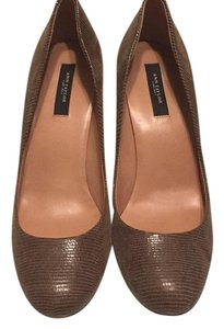 Ann Taylor Toasted coconut Pumps