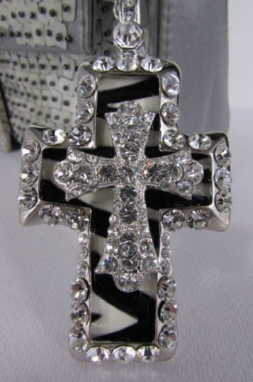 Other Women Silver Metal Scarf Necklace Pendant Double Cross stones Zebra