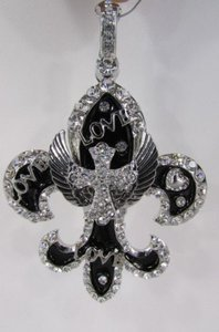 Other Women Silver Metal Scarf Necklace Pendant Charm Fleur De Lis Cross Love Wing