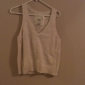 American Eagle Outfitters Vest V-neck Sleeveless Woven Sweater