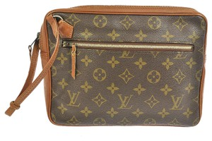 Louis Vuitton Monogram Cosmetic Brown Clutch