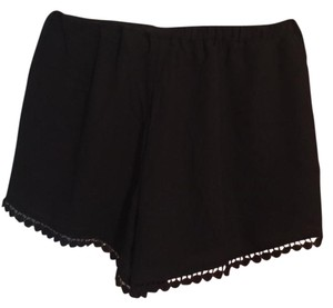 Brandy Melville Flowy Mini/Short Shorts Black