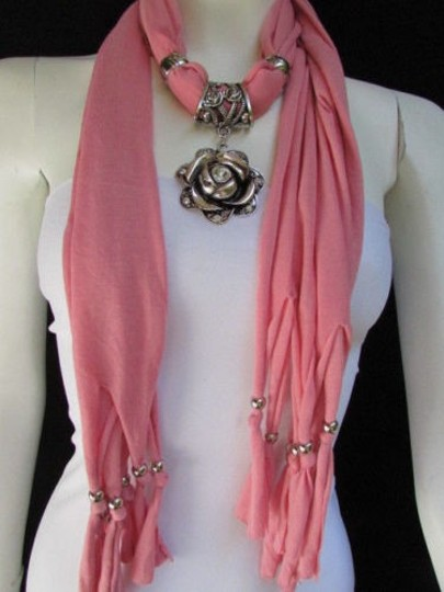 Other Women Fashion Soft Fabric L. Pink Scarf Long Necklace Big Metal Flower Pendant