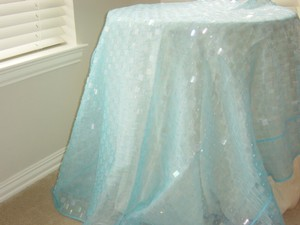 4 Aqua Paillets Tablecloths