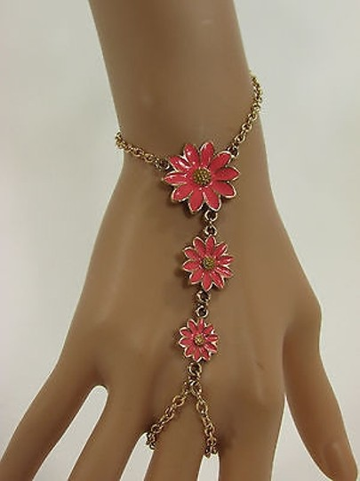 Other Women Gold Metal Hand Chain Pink Daisy Flowers Bracelet Ring