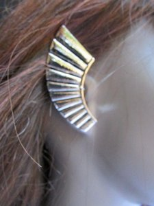Other Women Silver Metal Angel Wing Ear Cuff Earring Chic Stylish Trendy Fashion