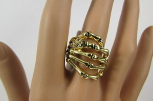 Women Mini Skull Gold Metal Skeleton Wrap Hand Fashion Ring Elastic One