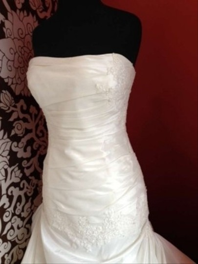 Enzoani Magnolia Taffeta/Lace Dover Vintage Wedding Dress Size 12 (L)