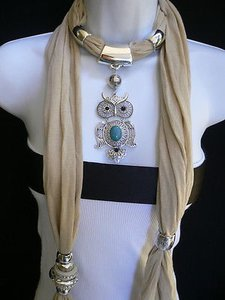 Women Beige Fashion Scarf Necklace Big Owl Pendant Elegant Rhinestones Beads