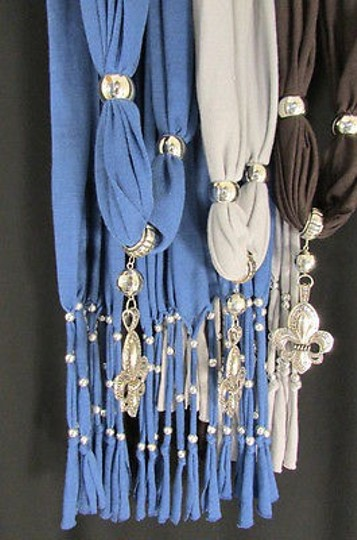 Other Women Soft Scarf Big Silver Lily Flower Pendant Gray Blue Brown
