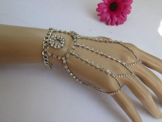 Other Women Silver Hand Chain Bracelet Fingers Ring Slave Big Circle Rhinestones